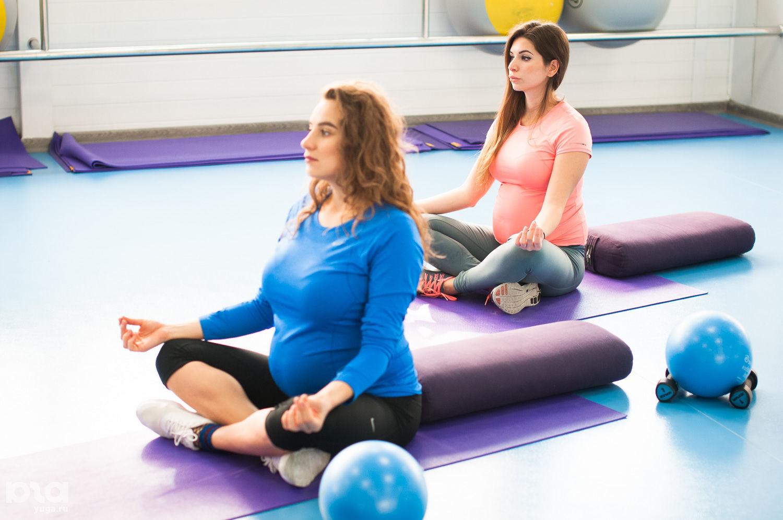 Занятие по фитнесу для беременных в Orange Fitness