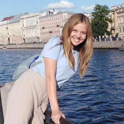Ксения Лопункова
