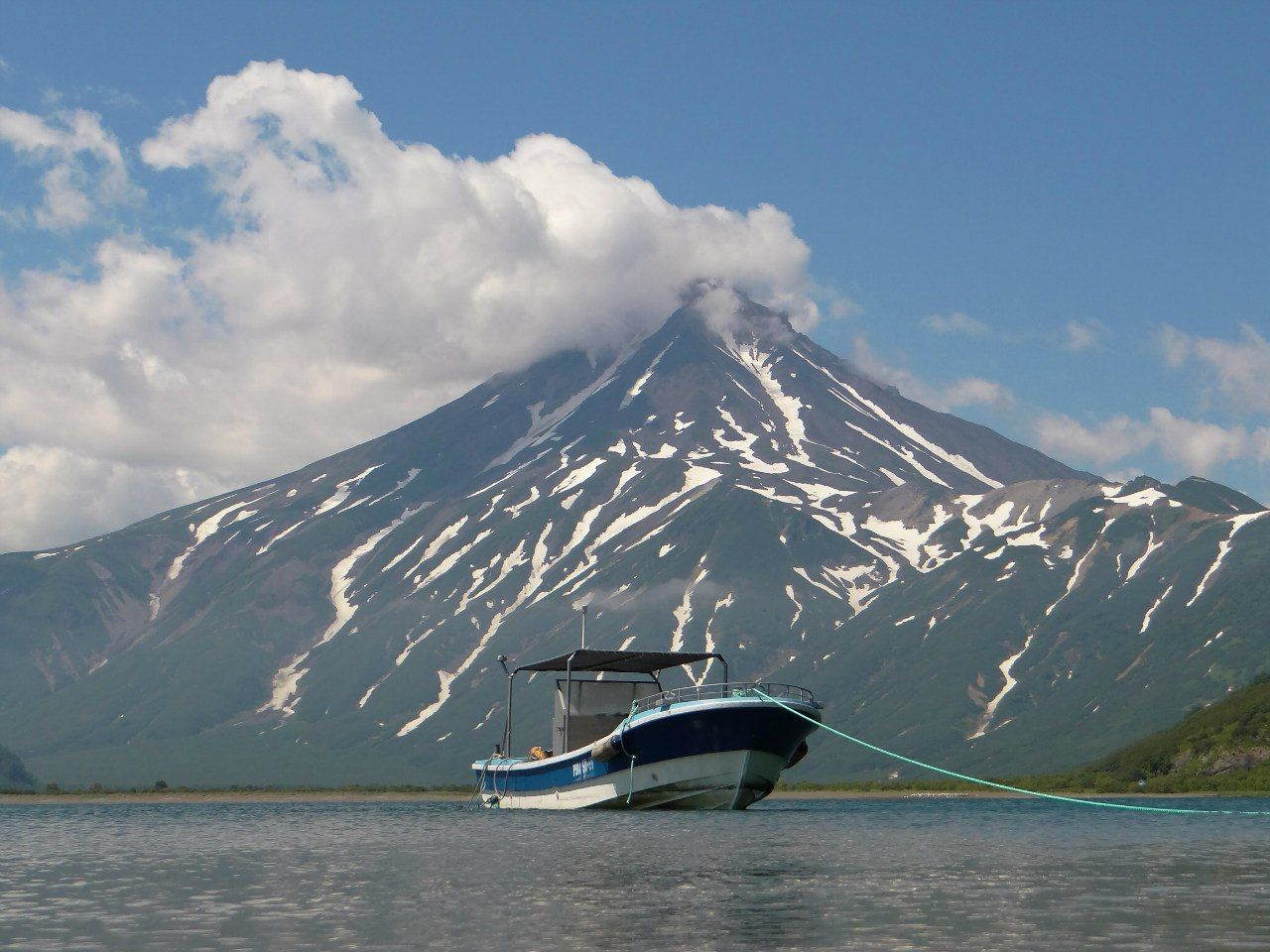 Вилючинский вулкан и Вилючинская бухта © Фото Андрея Калинова