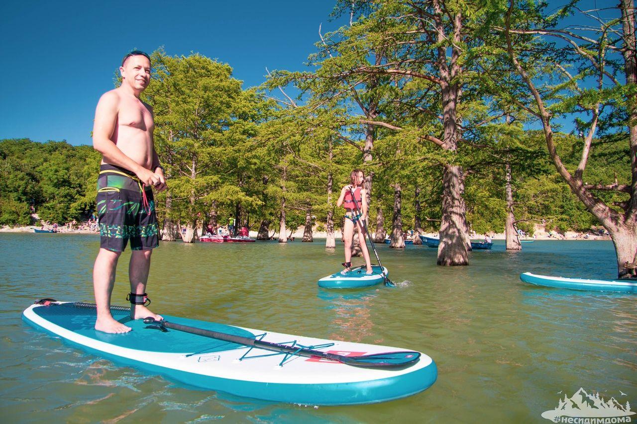 Сап-прогулка на озере Сукко © Фото предоставлено организаторами мероприятия