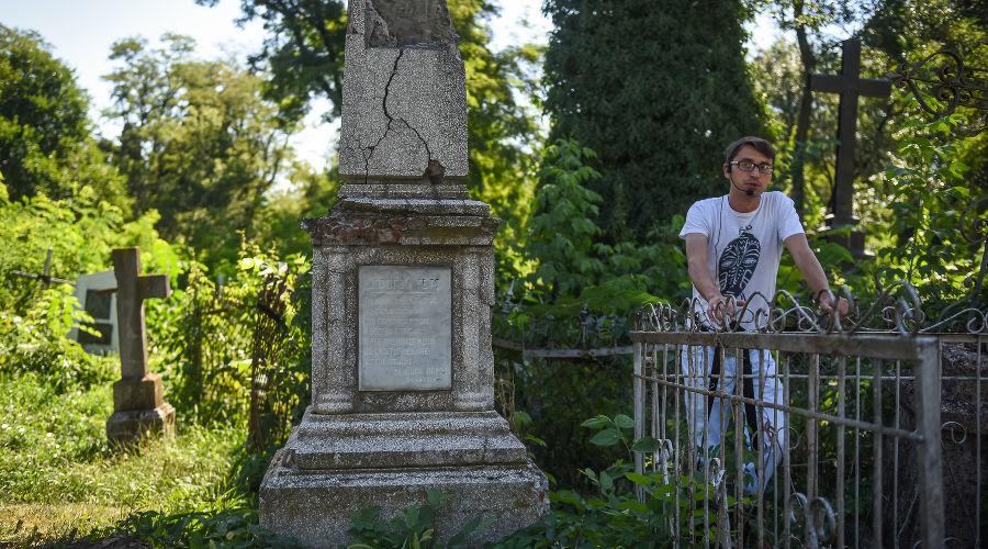 Экскурсия по Всесвятскому кладбищу © Фото Елены Синеок, Юга.ру