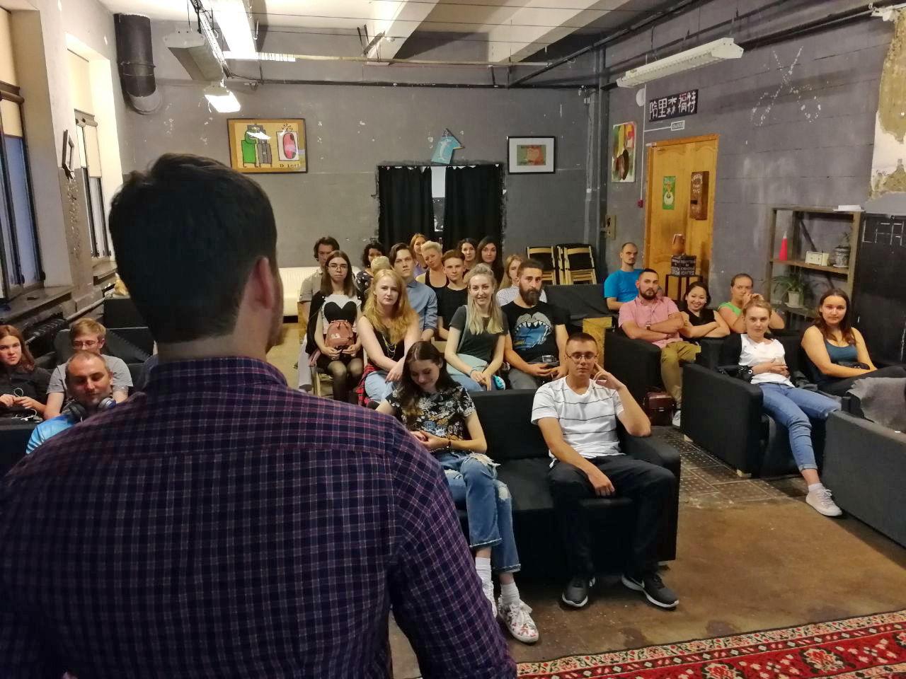 Лекция Александра Милованова «ГМО по соседству» © Фотография предоставлена организаторами проекта «МатЧасть» в Краснодаре
