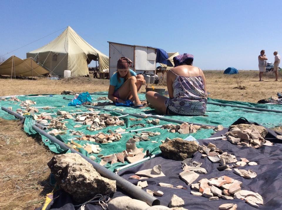 © Фото из группы «Экспедиции фонда Археология. Тамань.Крым и т.д.» во «ВКонтакте», vk.com/fundarchae