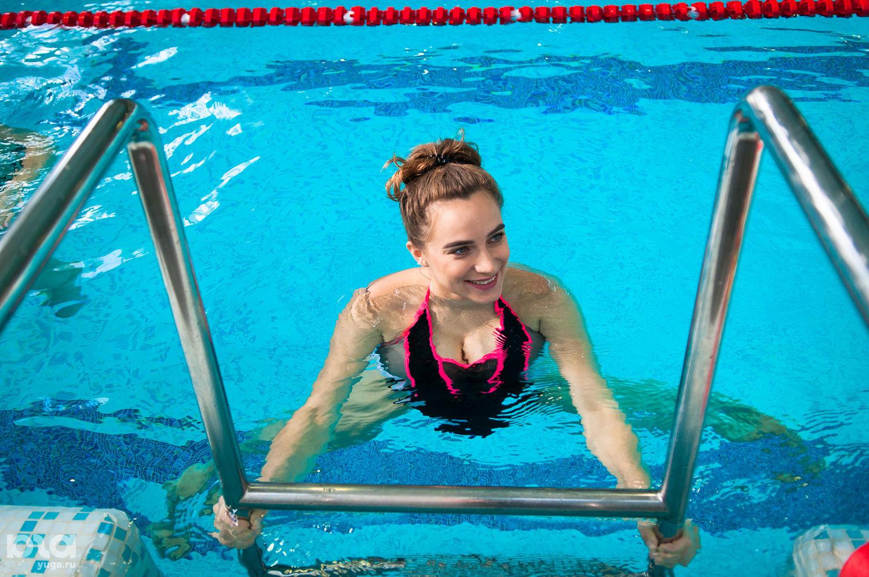 Занятие по аквааэробике для беременных в Orange Fitness