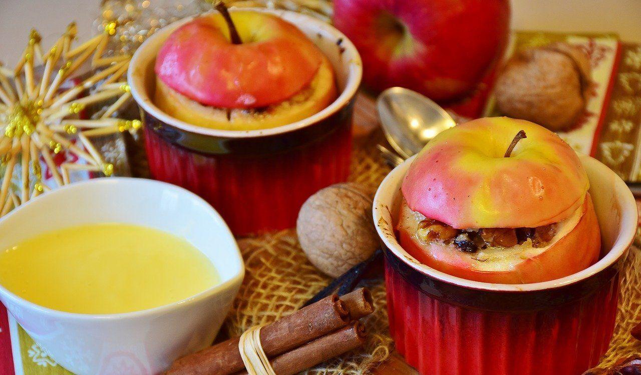 Фаршированные яблоки ©Изображение RitaE с сайта pixabay.com