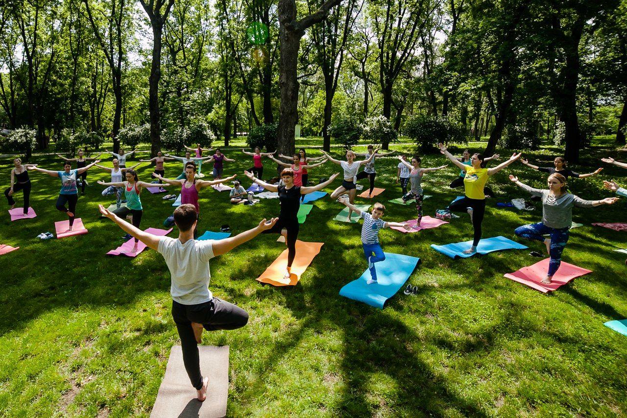 © Фото со страницы проекта «Йога в парках»